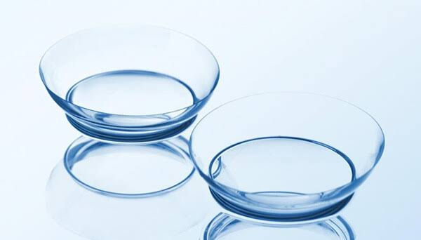 Daily Disposable Contact Lenses, Daily Disposable Contact Lenses: Pros And Cons